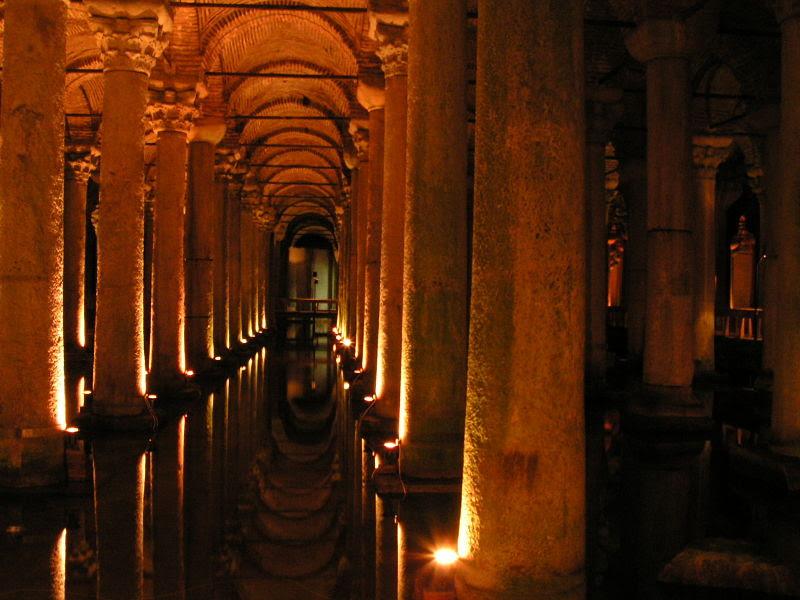 Dosya:Istanbul - Basilica Cistern - 01.JPG