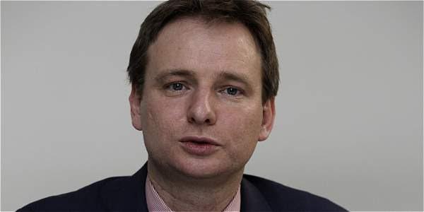 Lindsay Croisdale-Appleby, embajador del Reino Unido.