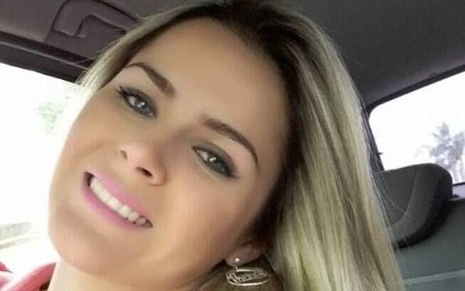 Estudante é presa por suspeita de tráfico de drogas em Curitiba