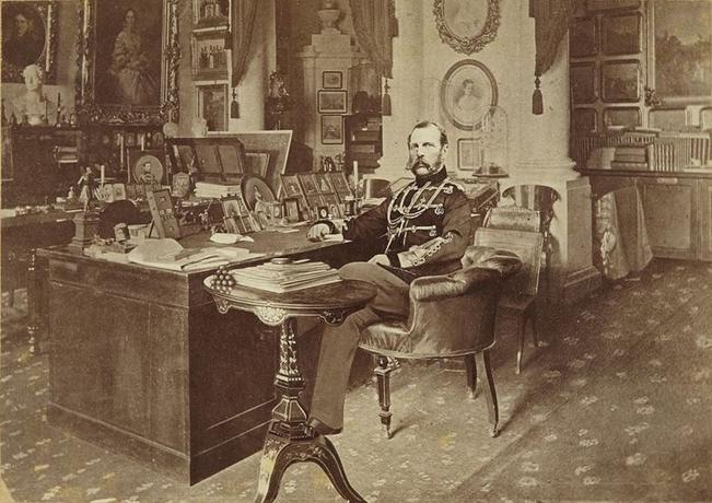 File:Александр II.jpg