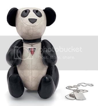 Gucci '8-8-2008 Limited Edition' smilling panda + casual necklace