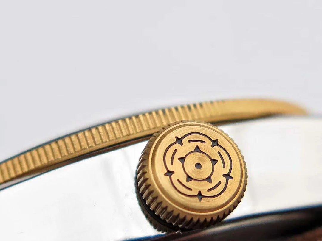 Replica Tudor 2018 Rose Logo
