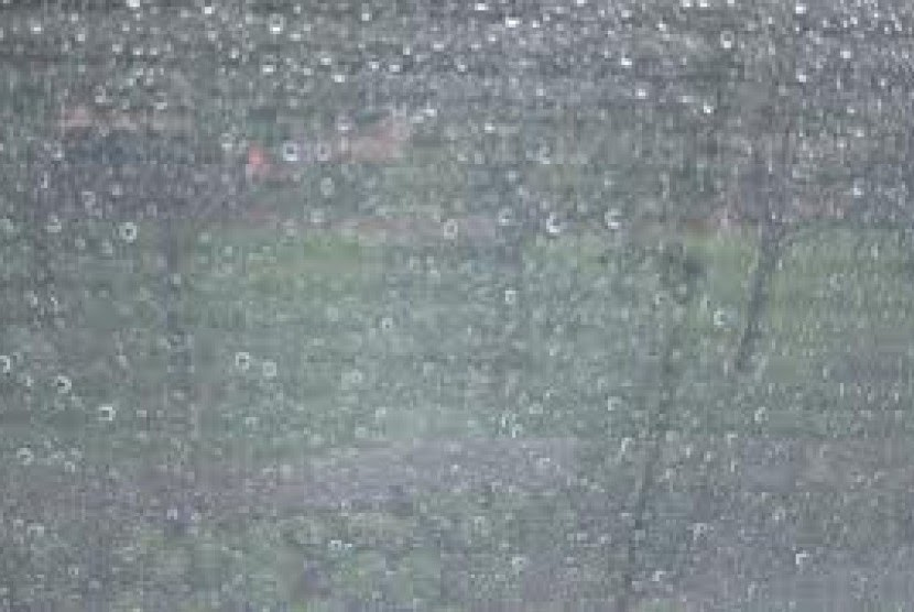 Most Popular 13+ Images Of Heavy Rain In Front Of The House At Night ...