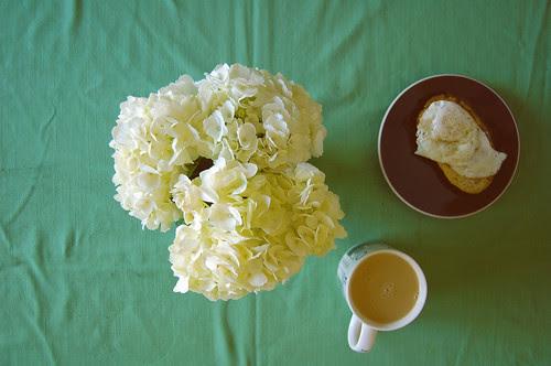 white hydrangea + breakfast