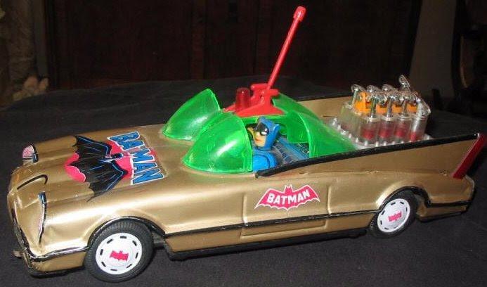 batman_goldbatmobile.JPG