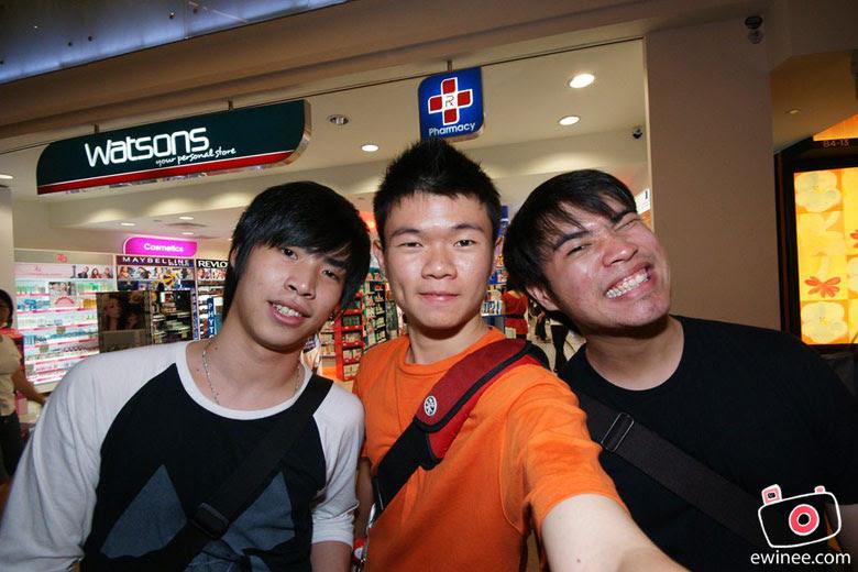 AP-SINGAPORE-2010-Kleaven-wong-ewin-hans