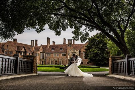 Wedding Photography at Meadow Brook Hall   Arising Images