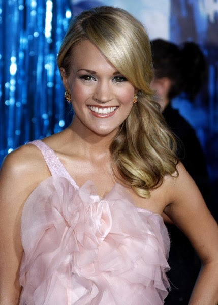 Carrie Underwood Sideways Ponytail