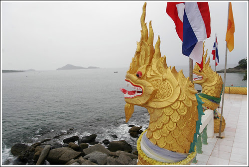 Dragons at Koh Kaew Yai facing Phuket