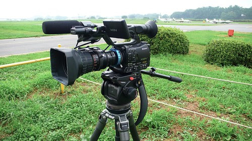 HVR-Z7J with FUJINON A17×9BRM-28