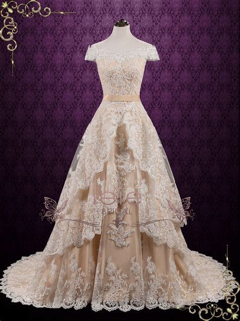 Vintage Lace Wedding Dress with Tiered Skirt   Madelyn ? ieie