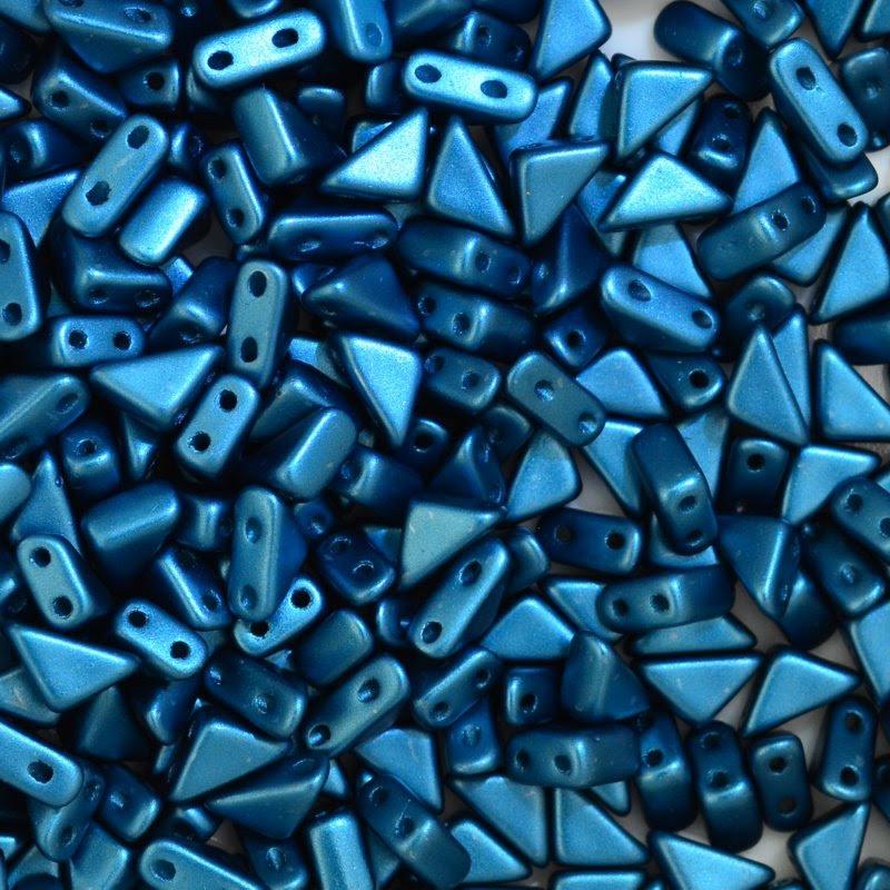 27888100-17 Shaped Beads - 2 hole Tango - Pastel Marine Blue