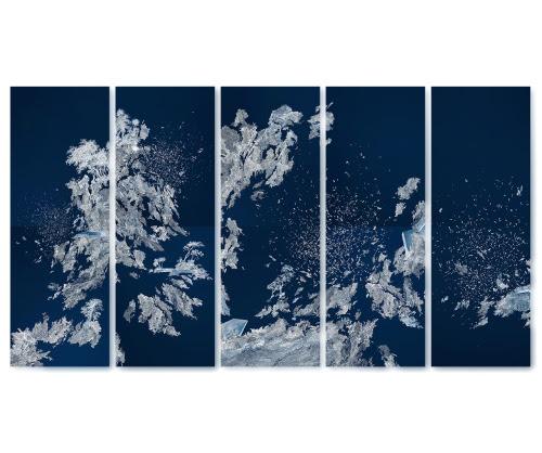 Le sursis des pléiades The reprieve of the pleiades    Cyanotype print, 5 panels / 8 ex. 40 x 110 cm each Bernard Chauveau & Le Néant Editeur 2015
