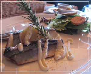 「ブラッスリー ポール・ボキューズ 銀座」にて、秋刀魚の前菜。うま♪