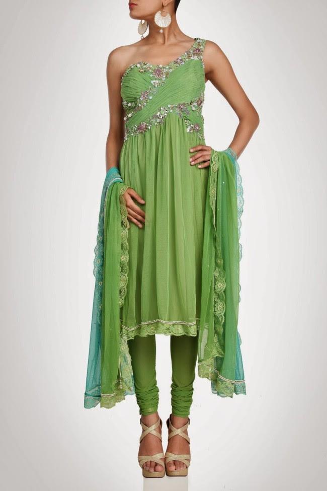 Beautiful-Bridal-Wedding-Lehanga-Choli-Saree-Anarkali-Churidar-New-Fashion-Dress-by-Designer-Surily-Goel-2