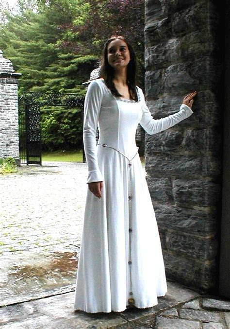 Best 25  Celtic wedding dresses ideas on Pinterest