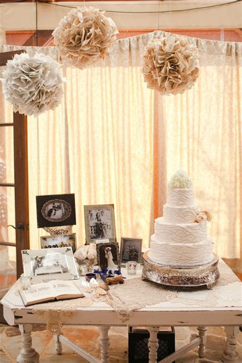 Best 25  Vintage cake tables ideas on Pinterest   Vintage