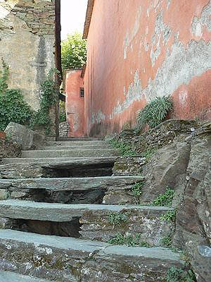 escalier à nonza.jpg
