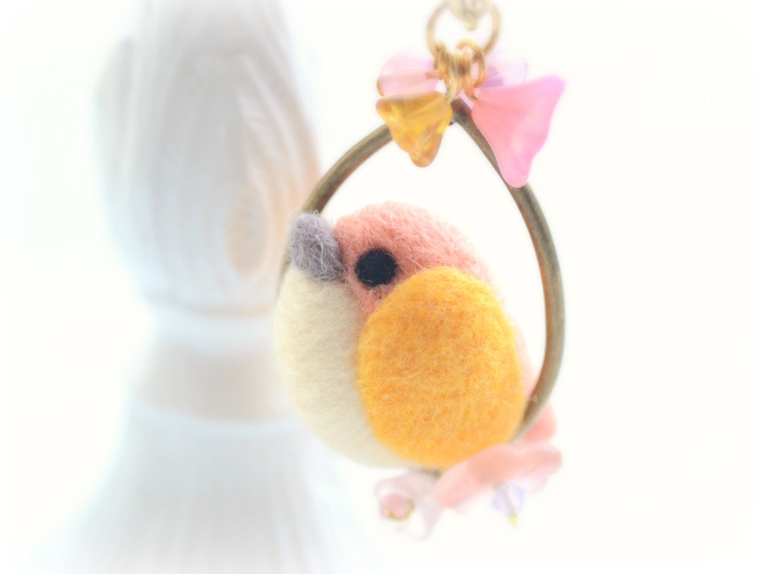 Needle felted bird necklace,soft sculpture wool bird on flower hoop necklace, pink yellow color, whimsical jewelry - NozomiCrafts