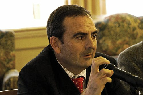 Juan Tomás Hernani con el Grupo Vasco del Club de Roma