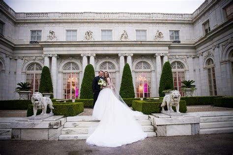 Fairytale Newport Mansion Wedding: Olivia & Zack   The