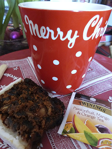 tea and christmas cake