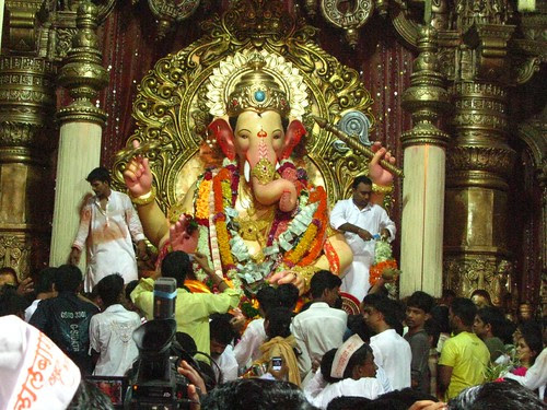 Lalbagh Cha Raja 75 Glorious Years by firoze shakir photographerno1