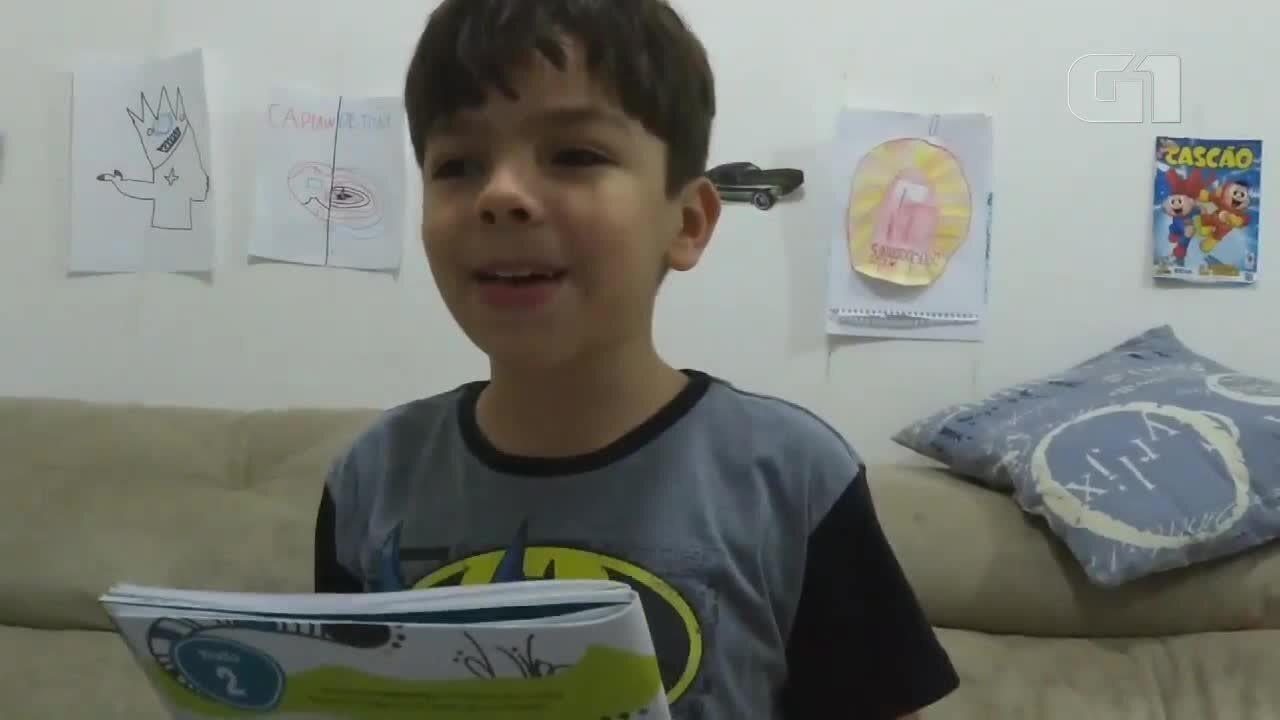Resultado de imagem para Menino autista grava vídeo para explicar transtorno para colegas e professores, no ES