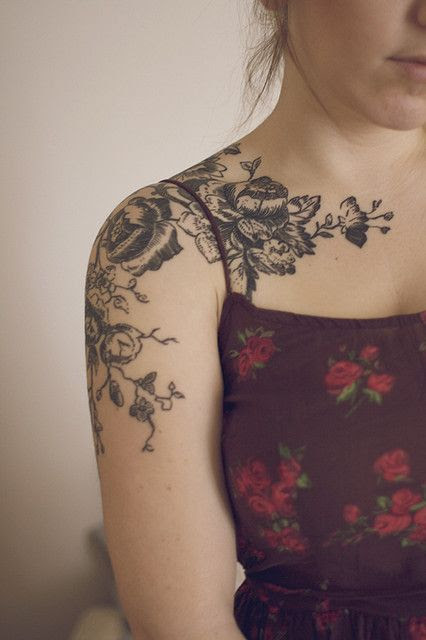 Attractive Black And White Flowers Tattoo