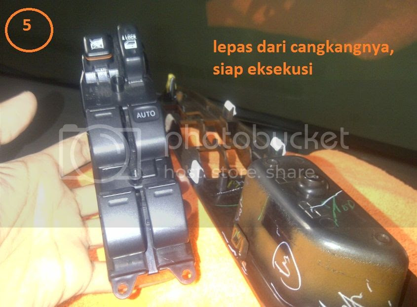 ganti led panel AUTO pada power windows DIY - ganti led panel AUTO pada power windows. Toyota Innova