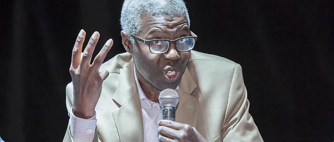 Souleymane Bachir Diagne est philosophe et professeur à l'université de Columbia, auteur, entre autres, deComment philosopher en islam (Éditions du Panama, 2008).