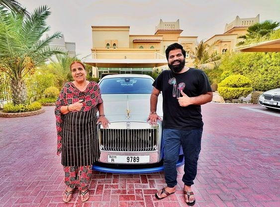 Tech Influencer Gaurav Chaudhary Shares A Pic With His New Rolls Royce Car