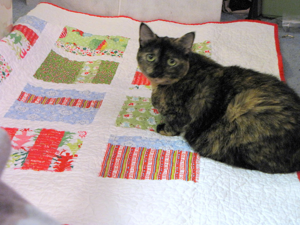 Hanging Christmas Quilt Decor Without Leaving Holes