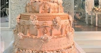 Mabala Noise?s Reggie?s Wedding Cake Cost over R60 000