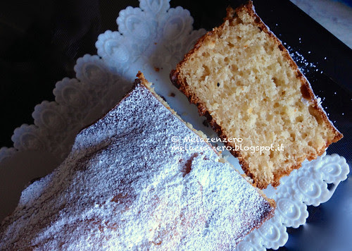 Plum cake ricotta e yogurt senza burro né olio