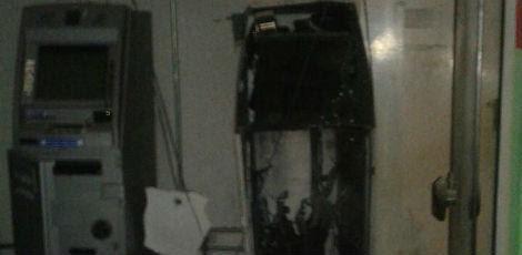 Criminosos explodiram um caixa e notificaram outro / Foto: Reprodução/Casinhas Agreste