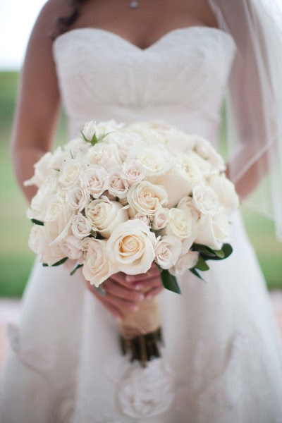 Memorable Wedding: White Rose Wedding Bouquet