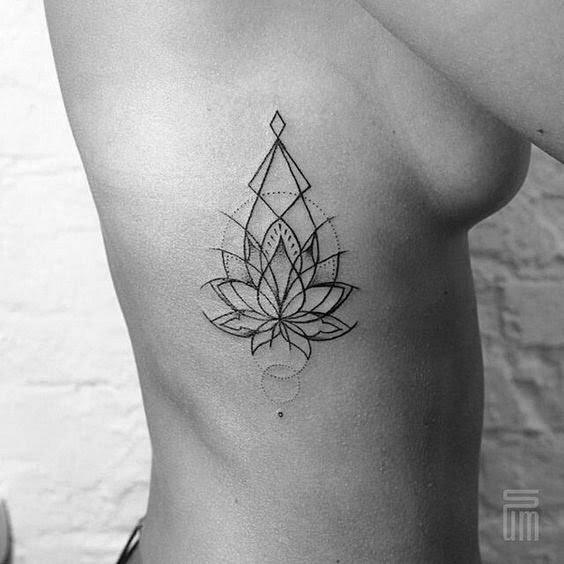 Tatuajes En El Costado Para Mujeres Los Más Sensuales Fotos