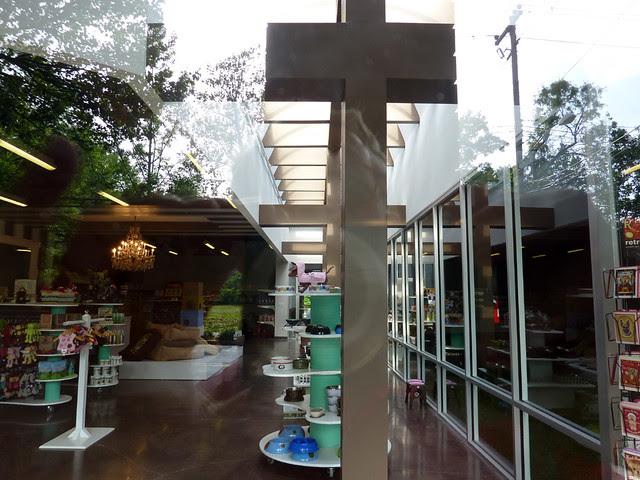 P1060943-2012-04-28-780-N-Highland-storefront-renovation-complete-inside