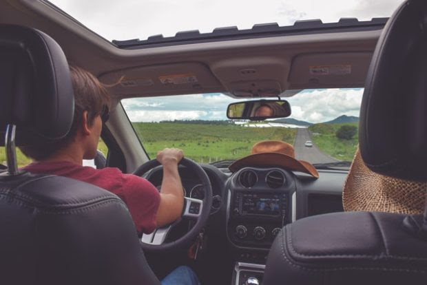 4 Ways to Prepare for Driving Across the Country