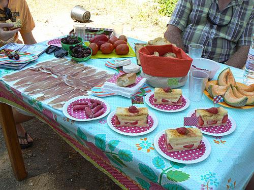 table pique nique 2.jpg