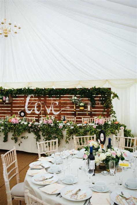 1000  ideas about Wedding Table Garland on Pinterest