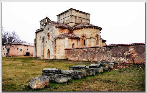 Santa Eufemia de Cozollos, siglo XII