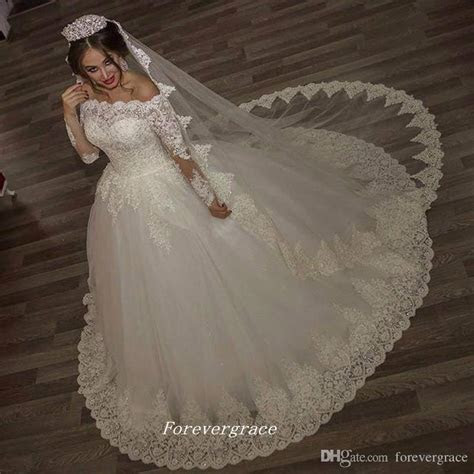 Vintage Princess Long Sleeves Ball Gown Wedding Dress With