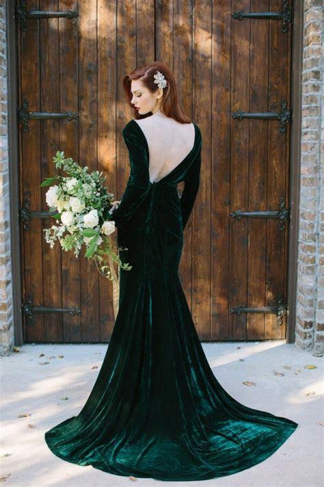 Elegant Emerald Gold Wedding Inspiration   Emerald