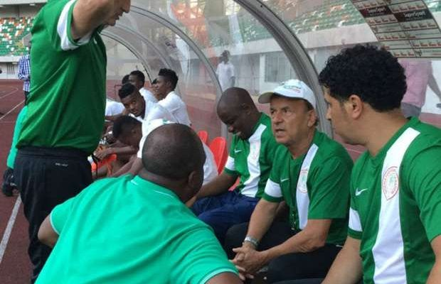 Nigeria V Cameroon: Super Eagles Boss Rohr Reveals Which Goalkeeper Will Start