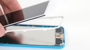 iPod Touch 5th Gen Teardown: Tiny, Powerful, and a Gigantic Pain in the Butt to Fix