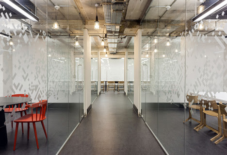 Google UK Campus Corridor by Jump Studios