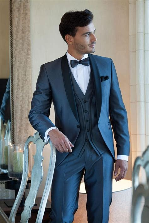 2016 Groom Wear Tuxedos Mens Wedding Suits Tuxedos for Men