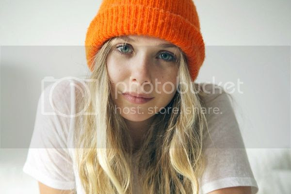 Olsens Anonymous Blog Elizabeth Olsen Laid Back Cool 5 Minutes With Franny Close Up Orange Beanie Long Wavy Hair Beachy Waves Minimal Makeup Fresh Faced Bare Faced Beauty Bright Orange Hat Ribbed Beanie White Burnout Tee Maxi Dress Pink Lips photo Olsens-Anonymous-Blog-Elizabeth-Olsen-Laid-Back-Cool-5-Minutes-With-Franny-Close-Up-Orange-Beanie.jpg